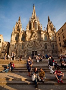 Кафедральный-Собор-в-Барселоне