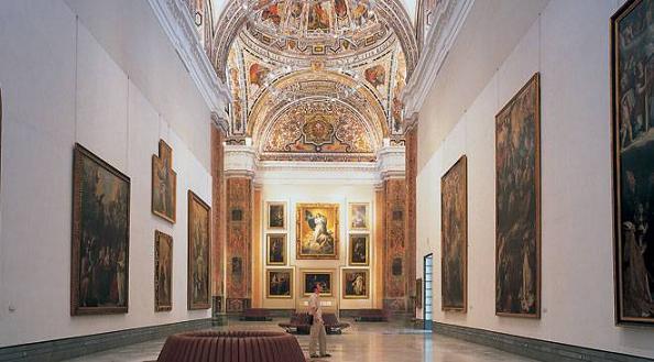 Внутри музея изящных искусств Севильи