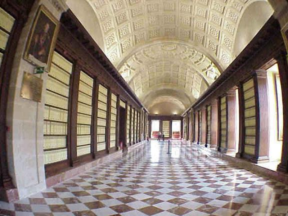 Интерьер Архива Индий в Севилье