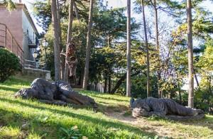 памятники в испанской деревне