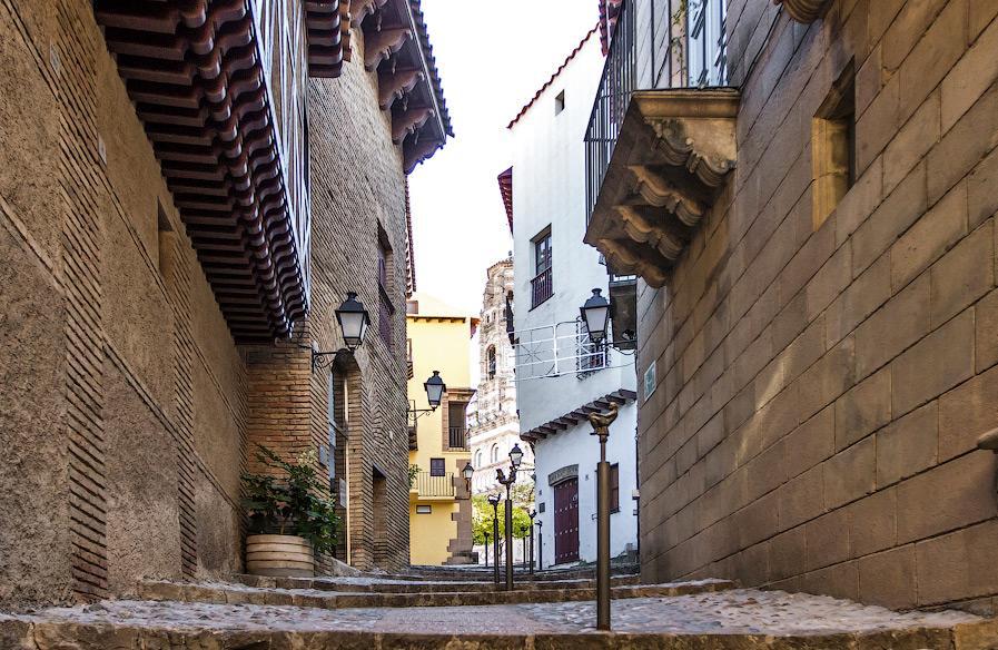 улочки в испанской деревне