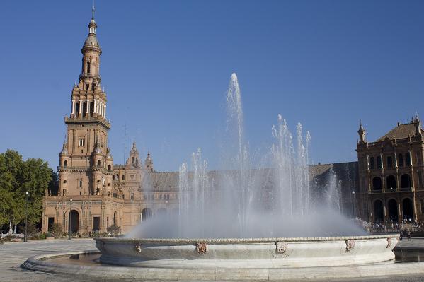фонтан площадь Испании в Севилье