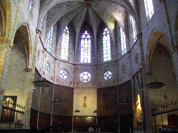 Внутри монастыря Педральбес