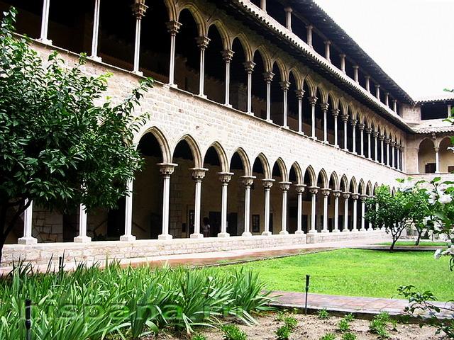 Монастырь Педральбес в Барселоне