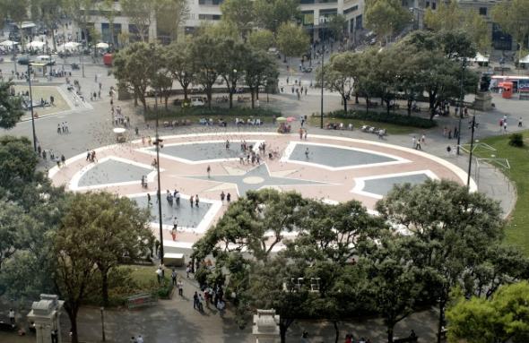 Центр площади Каталонии