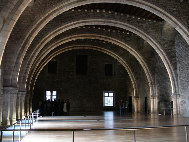 Тронный зал музея