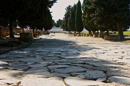 Дорога к руинам Италики