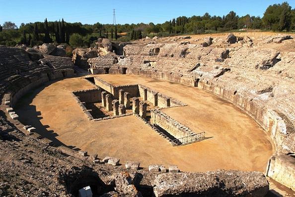 Колизей Италики