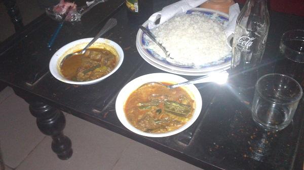 Кухня Шри-Ланки, рис и карри (курица, рыба)